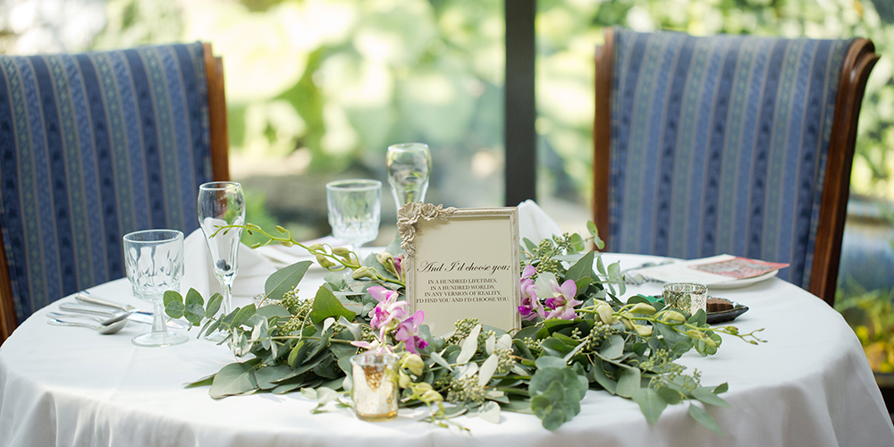 Elegant Table setting in the Conservatory in Sandwich Mass